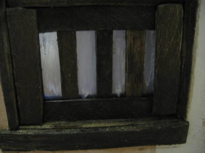 'horn' window