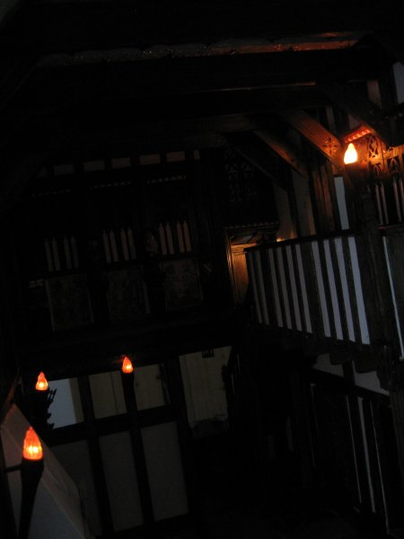 theinfill - Great Hall - Guild Hall - 4 torches by Ashwood Design Miniatures