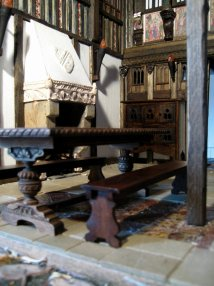 theinfill - Medieval to Jacobean dolls house - height of Great Hall