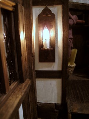theinfill - Tudor, Elizabethan, Jacobean dolls house - adding a wall light