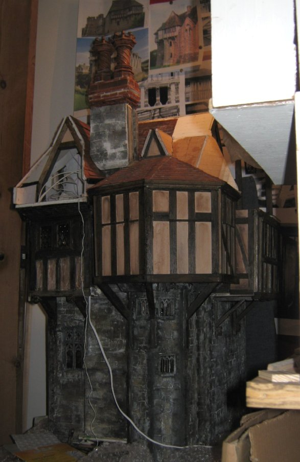 theinfill Medieval, Tudor and Jacobean dolls house blog – hidden corners and tiling the roof part 2