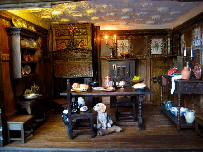 theinfill - Medieval, Tudor, Jacobean dolls house blog - conversation piece -  inhabitants for the dining room