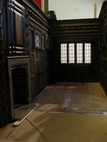 theinfill - Medieval, Tudor, Jacobean dolls house blog - Long Gallery in 2 parts
