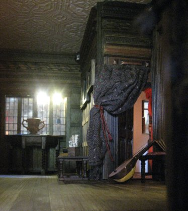 theinfill doll's house blog - Medieval, Tudor, Jacobean - Long Gallery soft furnishings