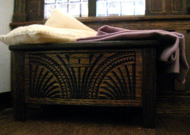 theinfill - Medieval, Tudor, Jacobean dolls house - hidden corners girls' bedroom