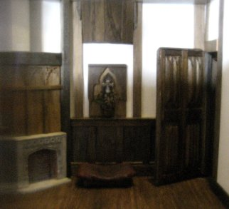 theinfill - Medieval, Tudor, Jacobean dolls house - hidden corners girls' bedroom