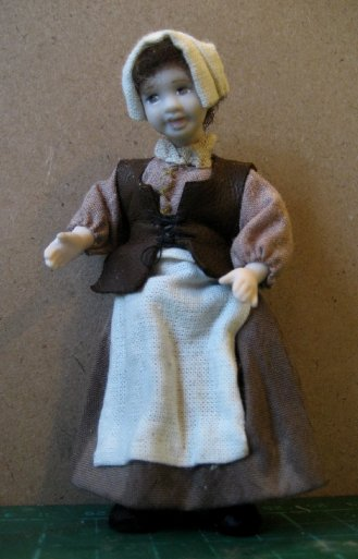 theinfill and theinfillclicks the maid in the girls' bedroom - Medieval, Tudor and Jacobean dolls house blog