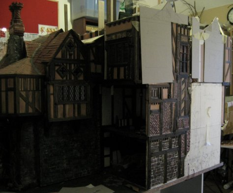 theinfill - attics, roofing, dormers and sliding panels - Medieval, Tudor and Jacobean dolls' house