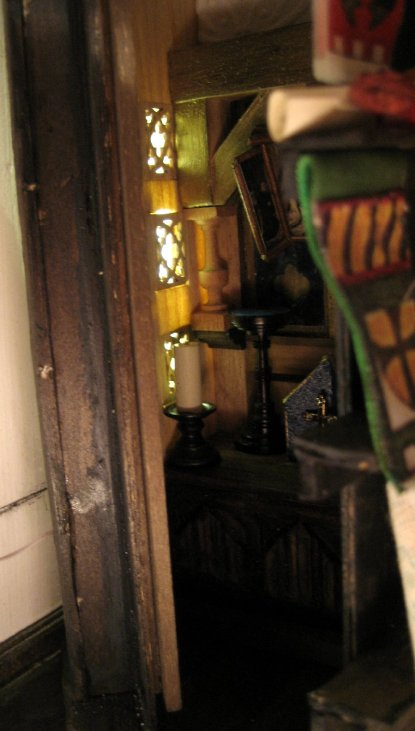 theinfill - Medieval to Jacobean dolls' house blog - making many out of one - Another cupboard dividing a room space