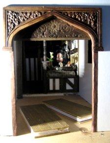 theinfill – the infill – Tudor, Elizabethan, Jacobean Dolls House Blog – Front Porch externals