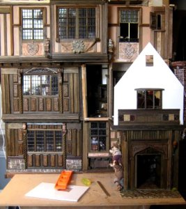 theinfill – the infill – Tudor, Elizabethan, Jacobean Dolls House Blog – Front Porch - Facade