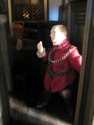theinfill Medieval, Tudor to Jacobean doll's house blog - a figure to link the scenes dressed