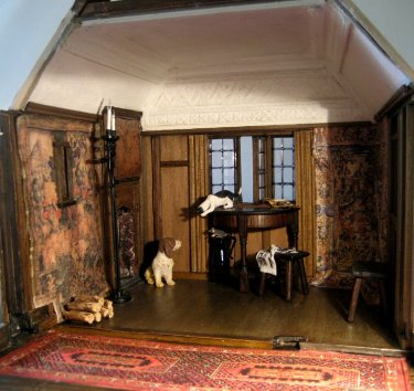 theinfill dolls house blog - Medieval, Tudor, Jacobean 1:12 dolls house - private sitting room coomed ceiling