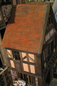 theinfill dolls house blog - Medieval, Tudor, Jacobean 1:12 dolls house – Porch working on the other side - Roof ridge and trying some drainage
