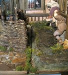 theinfill dolls house blog - the infill - Medieval, Tudor, Jacobean 1:12 dolls house - finsihings and edges of displays