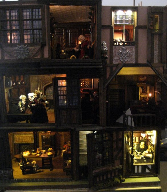 theinfill dolls house blog - the infill - Medieval, Tudor, Jacobean 1:12 dolls house - lighting checks all round