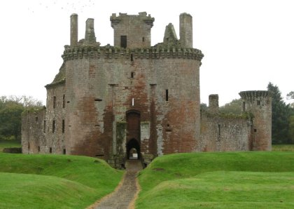 theinfill Medieval, Tudor, Jacobean 1:12 dolls house blog - the infill dolls house blog – Caerlaverock Castle entrance, moat towers and all