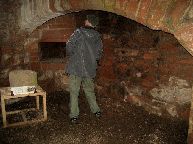 theinfill Medieval, Tudor, Jacobean 1:12 dolls house blog - the infill dolls house blog – Caerlaverock Castle - 1600s build ground floor