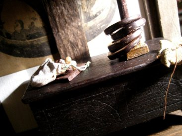 theinfill Medieval, Tudor, Jacobean 1:12 dolls house blog - the infill dolls house blog – boy's bedroom - clay marbles and quoits