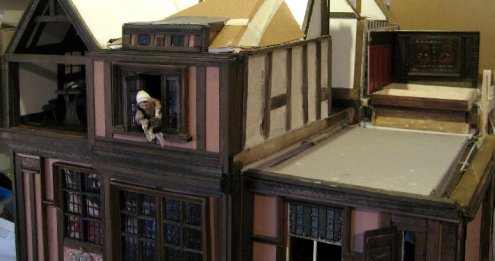 theinfill Medieval, Tudor, Jacobean 1:12 dolls house blog - the infill dolls house blog – Red Bed position - bedhead and one wall