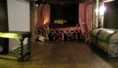 theinfill Medieval, Tudor, Jacobean 1:12 dolls house blog - the infill dolls house blog – Red Bed trying with ecru pillows