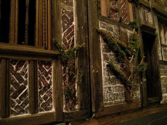 theinfill Medieval, Tudor, Jacobean 1:12 dolls house blog - the infill dolls house blog – minNatur greenery added