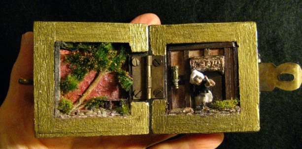 theinfill Medieval, Tudor, Jacobean 1:12 dolls house blog - the infill dolls house blog – the completed inside of the box both sides 2
