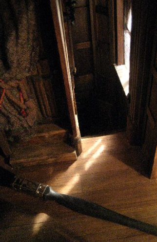 theinfill - Medieval, Tudor, Jacobean dolls house blog – keeping open room areas clean