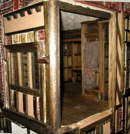 theinfill Medieval, Tudor, Jacobean dolls house blog - theinfill dolls house blog – long gallery needs a closing fourth wall