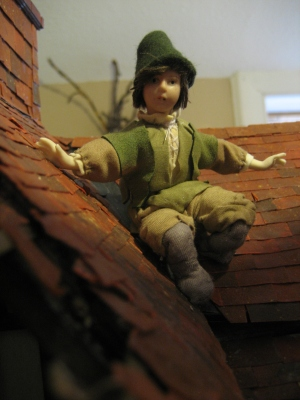 theinfill Medieval, Tudor, Jacobean dolls house blog - theinfill dolls house blog – apprentice at work clothing 3rd figure dressed