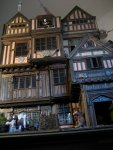 theinfill Medieval, Tudor, Jacobean dolls house blog - Hogepotche Hall –Hodgepodge Hall – Facade from low down