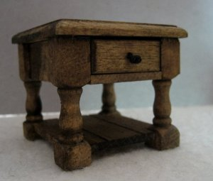 theinfill Medieval, Tudor, Jacobean dolls house blog - Hogepotche Hall –Hodgepodge Hall - bedside table