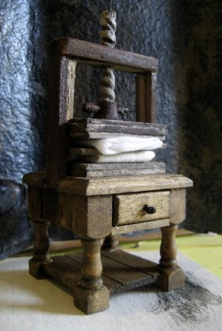 theinfill Medieval, Tudor, Jacobean dolls house blog - Hogepotche Hall –Hodgepodge Hall - bedside table becomes linen press