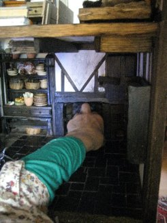 theinfill Medieval, Tudor, Jacobean dolls house blog - Hogepotche Hall –Hodgepodge Hall - main kitchen fire back, putting it back