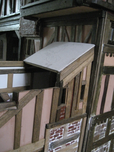 theinfill dolls house blog Hogepotche Hall –Hodgepodge Hall - a Medieval, Tudor, Jacobean dolls house blog - raising the roof level and turning through 90º - #2