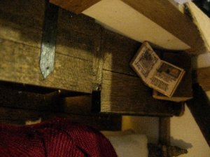 theinfill dolls house blog Hogepotche Hall –Hodgepodge Hall - a Medieval, Tudor, Jacobean dolls house blog - dressing a very small bedroom
