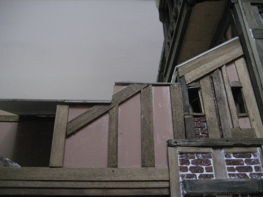 theinfill dolls house blog Hogepotche Hall –Hodgepodge Hall - a Medieval, Tudor, Jacobean dolls house blog - the twists and turns of the raised roof 2