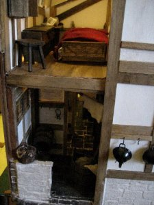 theinfill dolls house blog Hogepotche Hall –Hodgepodge Hall - a Medieval, Tudor, Jacobean dolls house blog - dressing a very small bedroom 4