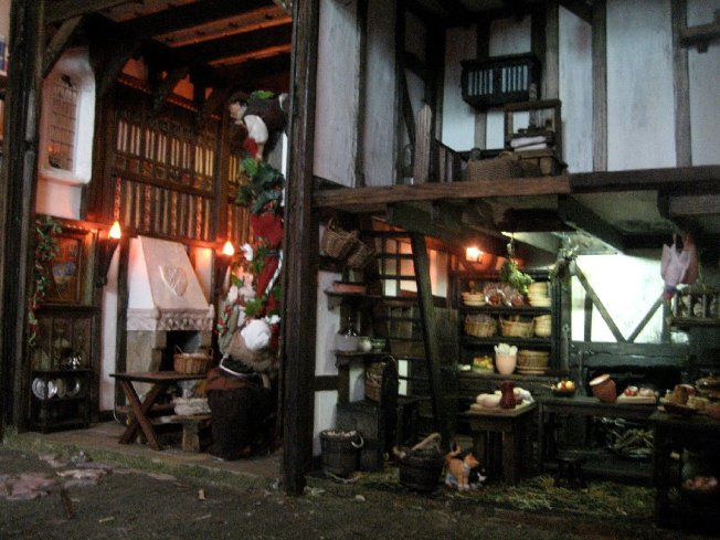 theinfill dolls house blog Hogepotche Hall –Hodgepodge Hall - a Medieval, Tudor, Jacobean dolls house blog - Great hall half and kitchen