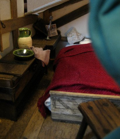 theinfill dolls house blog Hogepotche Hall –Hodgepodge Hall - a Medieval, Tudor, Jacobean dolls house blog - dressing a personal room in loft 5