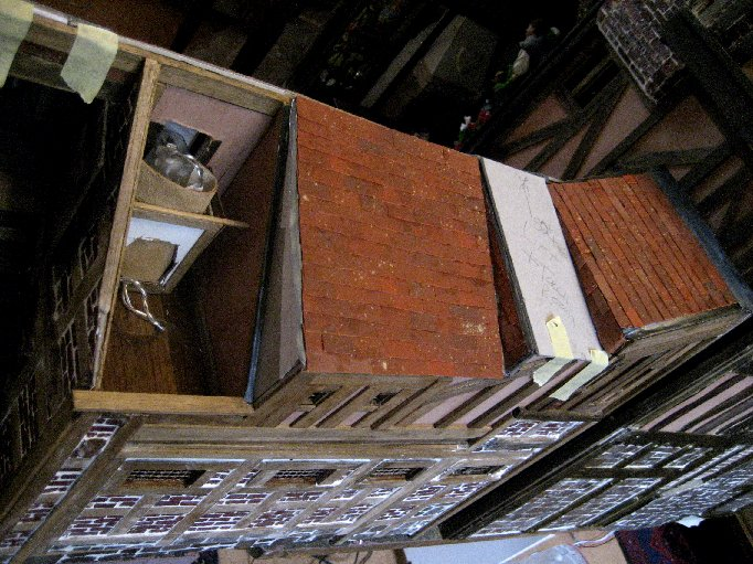 theinfill dolls house blog Hogepotche Hall –Hodgepodge Hall - a Medieval, Tudor, Jacobean dolls house blog - outer slope storeroom roof
