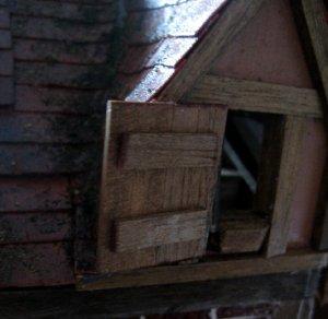 theinfill dolls house blog Hogepotche Hall –Hodgepodge Hall - a Medieval, Tudor, Jacobean dolls house blog - lighting test