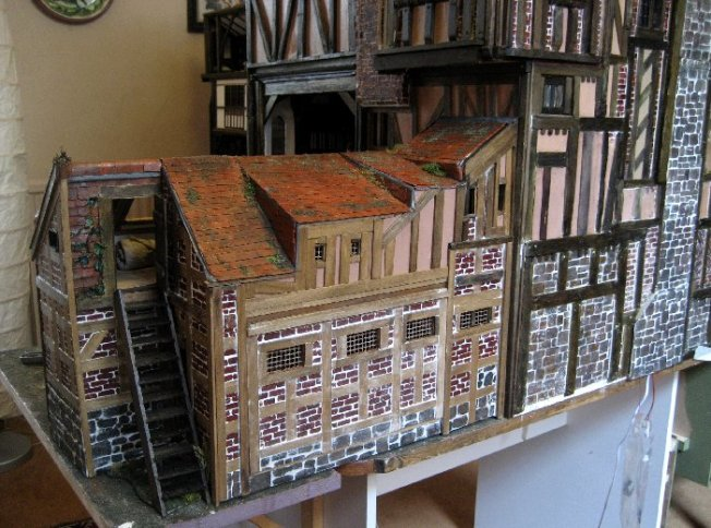 theinfill dolls house blog Hogepotche Hall –Hodgepodge Hall - a Medieval, Tudor, Jacobean dolls house blog - green growth on roof