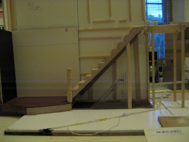 theinfill dolls house blog 1930s Deco House, Hogepotche Hall –Hodgepodge Hall - a Medieval, Tudor, Jacobean dolls house blog - staircase