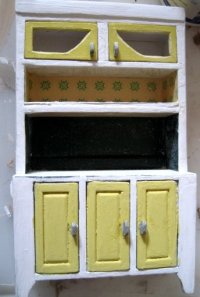 theinfill dolls house blog 1930s Deco House, Hogepotche Hall –Hodgepodge Hall - a Medieval, Tudor, Jacobean dolls house blog - kitchen dresser progressing