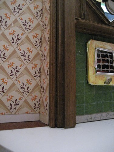 theinfill art deco dolls house blog, theinfill dolls house blog, theinfill 1930s-50s Deco House, Hogepotche Hall –Hodgepodge Hall - Medieval Tudor Jacobean dolls house blog - finishing edges - dining room hiding the chimeny breast edges