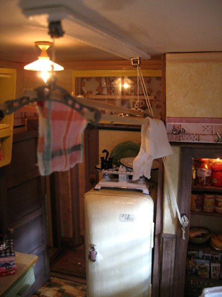 theinfill art deco dolls house blog, theinfill dolls house blog, theinfill 1930s-50s Deco House, Hogepotche Hall –Hodgepodge Hall - Medieval Tudor Jacobean dolls house blog - kitchen ceiling airer and ironing