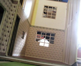 theinfill art deco dolls house blog, theinfill dolls house blog, theinfill 1930s-50s Deco House, Hogepotche Hall –Hodgepodge Hall - Medieval Tudor Jacobean dolls house blog - sitting room sandwich wall allowing wiring to run behind