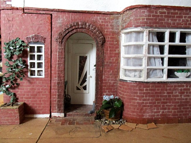 theinfill art deco dolls house blog, theinfill dolls house blog, theinfill 1930s-50s Deco House, Hogepotche Hall –Hodgepodge Hall - Medieval Tudor Jacobean dolls house blog - garden plant kit