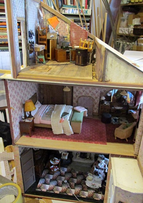 theinfill art deco dolls house blog, theinfill dolls house blog, theinfill 1930s-50s Deco House, Hogepotche Hall –Hodgepodge Hall - Medieval Tudor Jacobean dolls house blog - attic #1